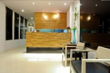 Urban Patong Mini Hotel & More: Hotelhalle PHUKET