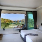 Hotel Absolute Twin Sands Resort & Spa