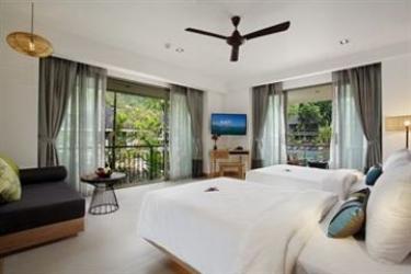 Hotel Mandarava Resort And Spa Karon Beach: Terrain de Foot PHUKET