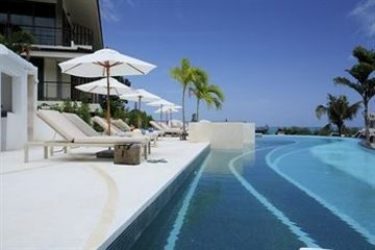 Hotel Mandarava Resort And Spa Karon Beach: Beach PHUKET