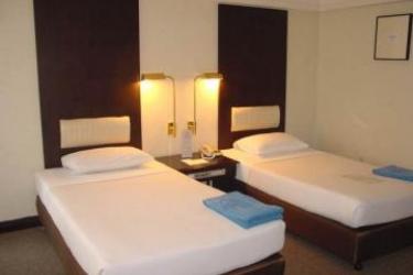 Hotel Doubletree By Hilton Phuket Banthai Resort: Schlafzimmer PHUKET