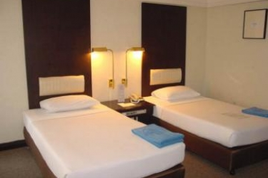 Hotel Doubletree By Hilton Phuket Banthai Resort: Bedroom PHUKET