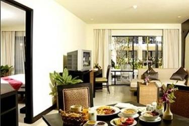 Hotel Woraburi Resort & Spa: Habitacion Suite PHUKET