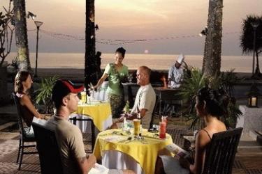 Hotel Woraburi Resort & Spa: Restaurante Exterior PHUKET
