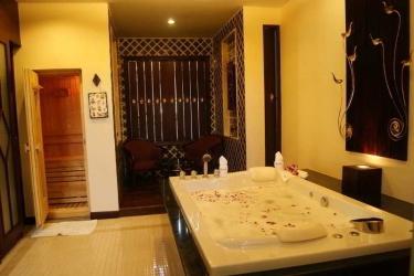 Hotel Duangjitt Resort: Activité PHUKET