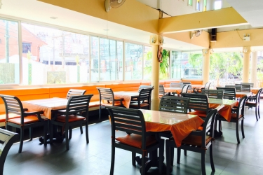 Hotel Andatel Grandé Patong Phuket: Bar PHUKET
