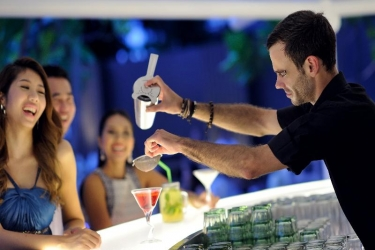 Hotel Movenpick Resort & Spa Karon Beach Phuket: Bar PHUKET
