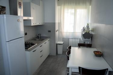 Hotel Affittacamere Delfo: Kitchen PISA