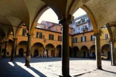 Hotel Affittacamere Delfo: Parking PISA