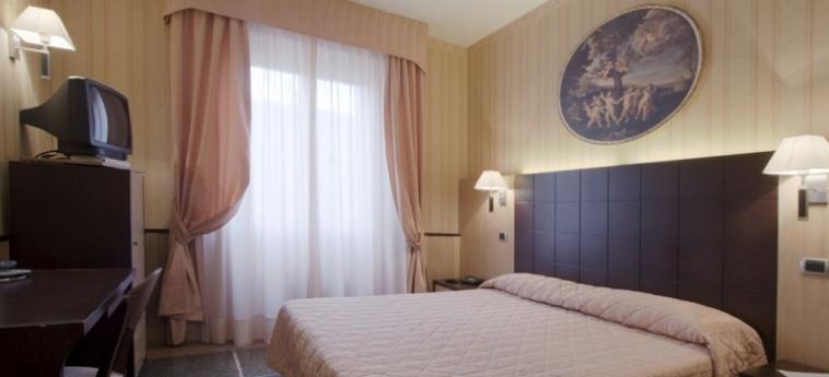 Hotel La Pace: Chambre Double PISE