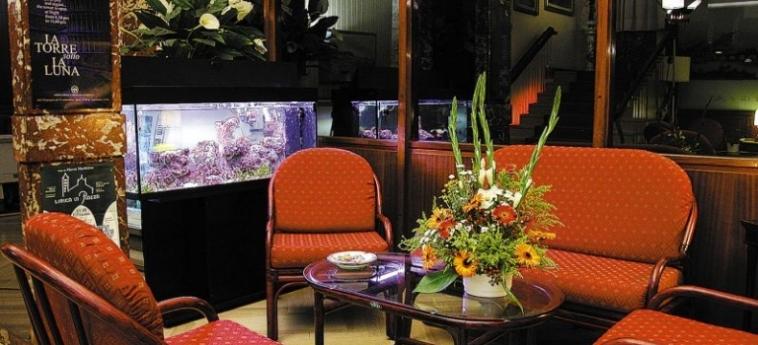 Hotel La Pace: Lobby PISE