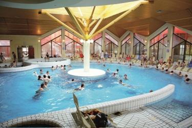 Hotel Breza: Pool PODCETRTEK
