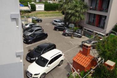Beach Hotel Split: Parking PODSTRANA - DALMATIA