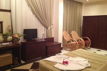 Atlantic Palace Hotel: Guestroom POINTE-NOIRE