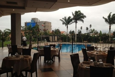 Atlantic Palace Hotel: Outdoor Dining POINTE-NOIRE
