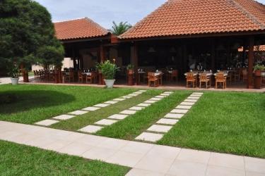 Hotel Elais: Indoor Bar POINTE-NOIRE