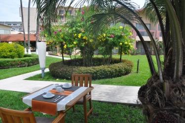 Hotel Elais: Outdoor Bar POINTE-NOIRE