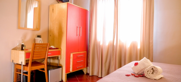 Hotel Diana Pompei: Camera degli ospiti POMPEI - NAPOLI