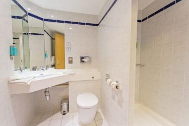 Hotel Holiday Inn Express: Cuarto de Baño POOLE
