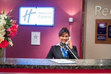 Hotel Holiday Inn Express: Reception POOLE