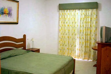 Hotel Santa Catarina: Room - Guest PORTIMAO - ALGARVE