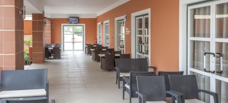 Hotel Vitor's Plaza: Patio PORTIMAO - ALGARVE