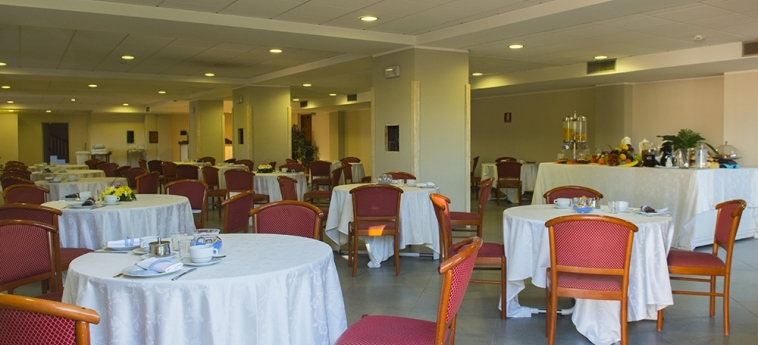 Hotel Dei Pini: Sala de Desayuno PORTO EMPEDOCLE - AGRIGENTO