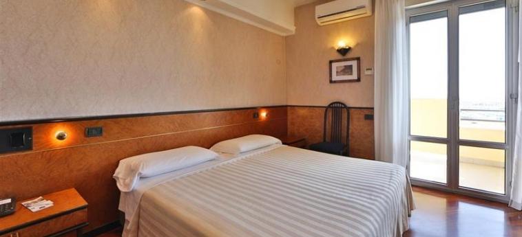 Hotel David Palace: Camera Matrimoniale/Doppia PORTO SAN GIORGIO - FERMO