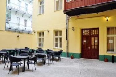 Hotel Zlata Vaha: Terrasse PRAG