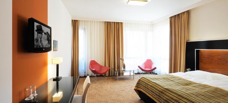 Hotel Grand Majestic Plaza: Schlafzimmer PRAG