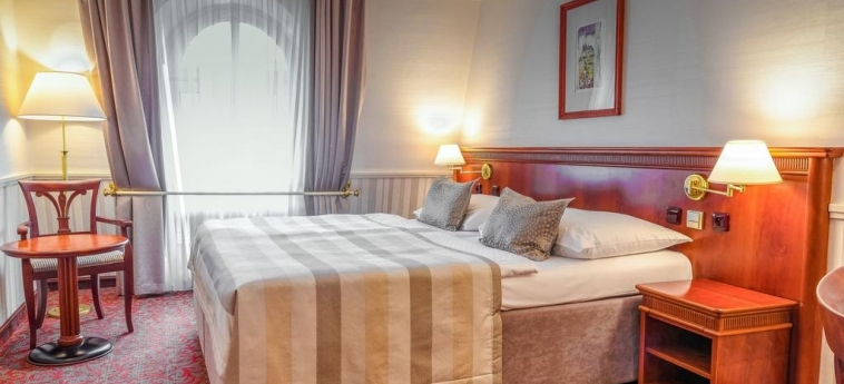 Hotel Adria Prague: Habitación PRAGA
