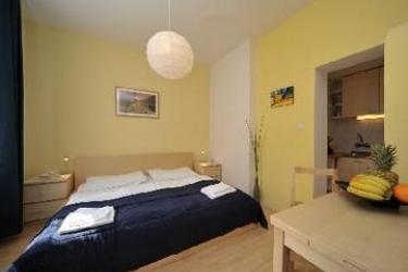 Apartments Jakubska: Scalinata PRAGA