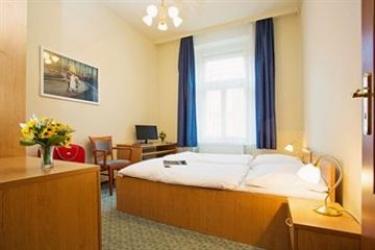 Hotel Wenceslas Square: Dormitory 8 Pax PRAGUE