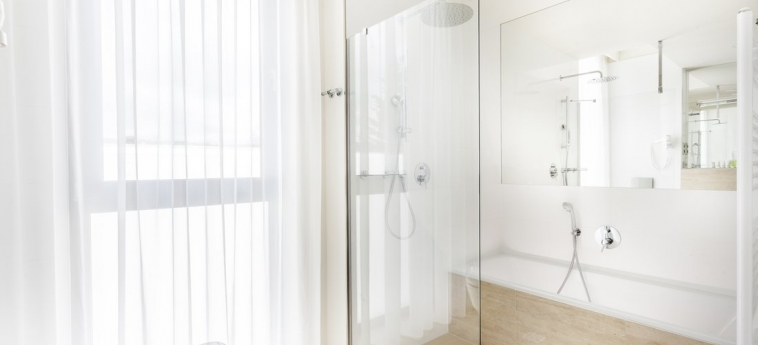 Hotel Golf: Bathroom PRAGUE