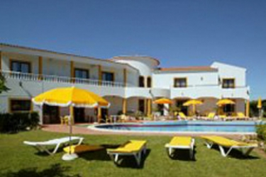 Hotel Albergaria Rosa Montes: Terrace PRAIA DA LUZ