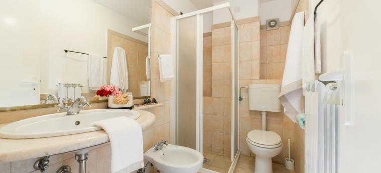Hotel Tenuta Del Barco: Salle de Bains PULSANO - TARANTO