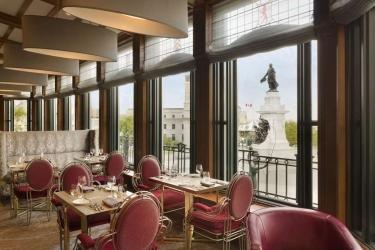 Hotel Fairmont Le Chateau Frontenac: Restaurant QUEBEC CITY
