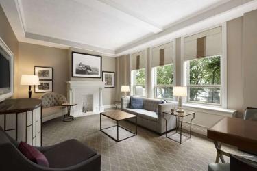 Hotel Fairmont Le Chateau Frontenac: Suite Room QUEBEC CITY