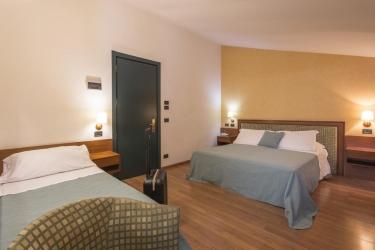 Hotel Montreal: Familienzimmer RAGUSA