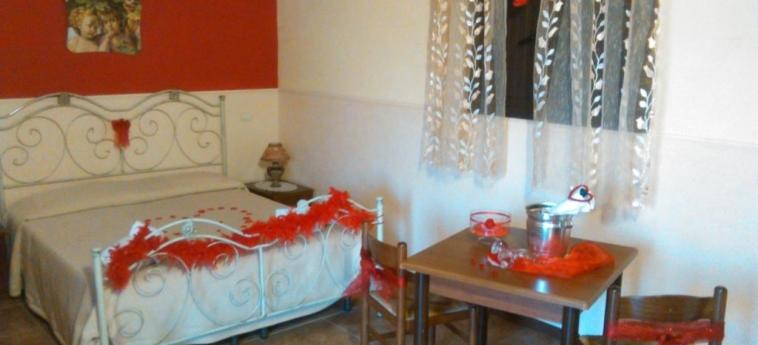 Agriturismo La Maddalena: Bedroom RAGUSA