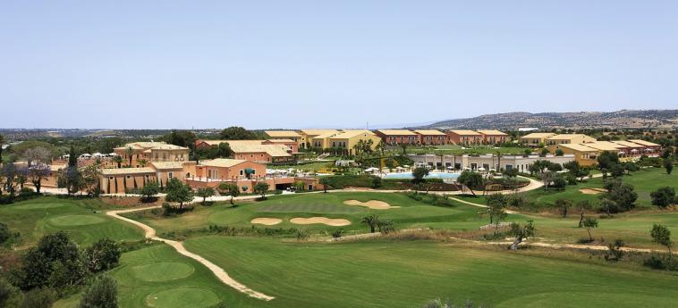 Hotel Donnafugata Golf Resort & Spa: Außen RAGUSA