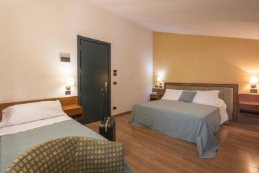 Hotel Montreal: Chambre Family RAGUSE
