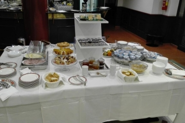 Hotel Montreal: Petit Déjeuner RAGUSE