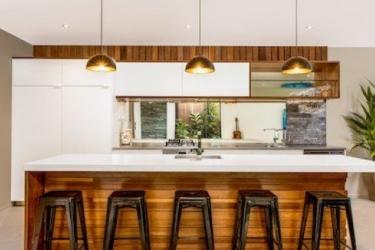 Hotel Pacific Palms Luxury Villa: Living Room RAROTONGA