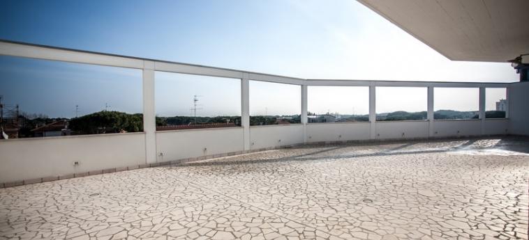 Hotel Oceanomare: Terraza RAVENNA