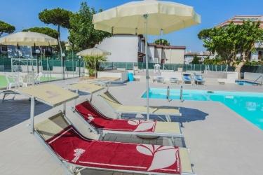 Family Hotel Marina Beach: Solarium RAVENNA