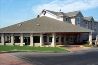 Hotel Amerihost Inn & Suites: Außen REDDING (CA)