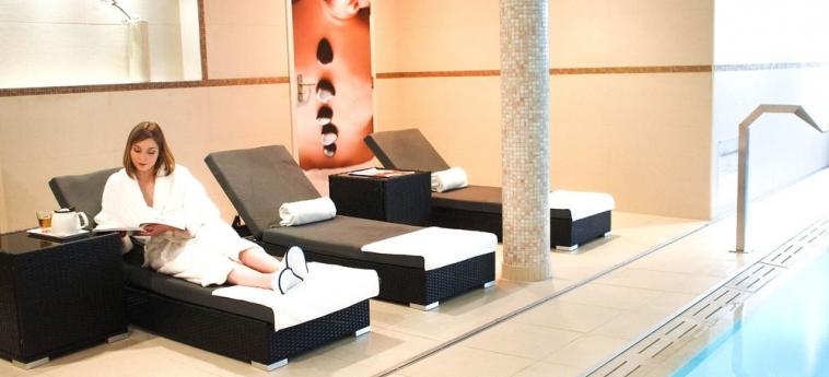 Hotel Novotel Rennes Centre Gare: Piscina RENNES