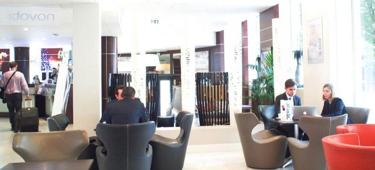 Hotel Novotel Rennes Centre Gare: Recepción RENNES