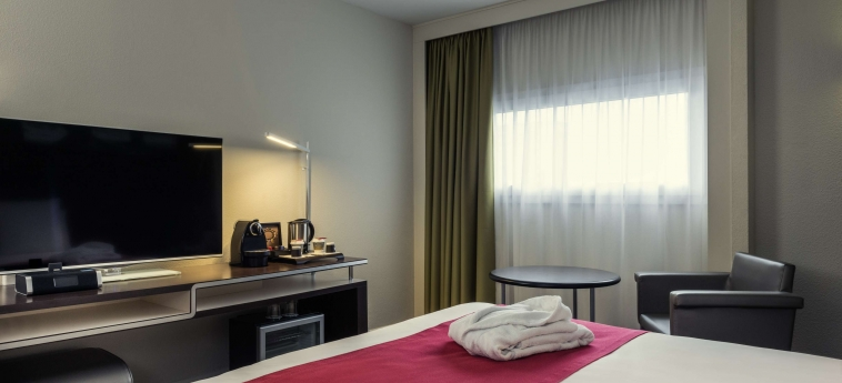 Hotel Mercure Rennes Centre Gare: Bedroom RENNES